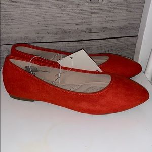 SO Shoes - So Women's flats, size 6.5, orange, memory foam